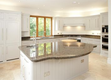 Thumbnail 5 bed detached house to rent in Holden Road, Southborough, Tunbridge Wells
