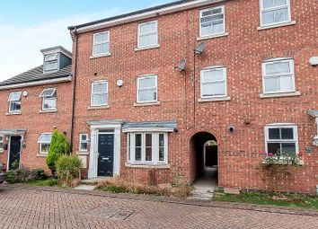 Thumbnail 4 bed detached house to rent in Lyvelly Gardens, Peterborough