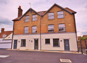 Thumbnail 2 bed flat to rent in Belmont Mews, Upper High Street, Thame