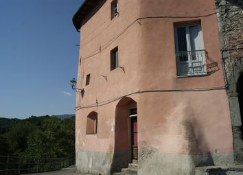Thumbnail 2 bed town house for sale in Ghivizzano, Coreglia Antelminelli, Lucca, Tuscany, Italy