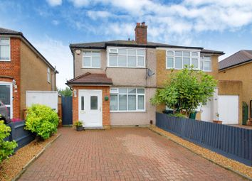 Winchester Way, Croxley Green, Rickmansworth WD3. 3 bed semi-detached house