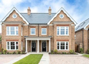 Thumbnail Semi-detached house for sale in Station Road, Tring, Hertfordshire