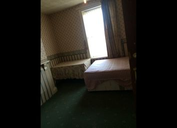 Thumbnail Room to rent in Laisteridge Lane, Great Horton Road, Bradford, West Yorkshire