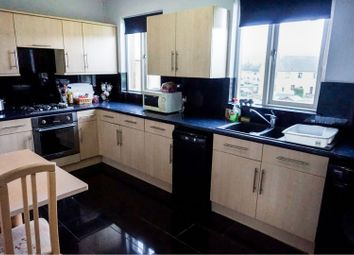 Thumbnail 2 bedroom flat for sale in Park Circle, Moffat
