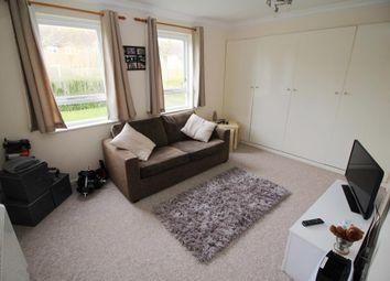 Thumbnail Studio to rent in Wyre Court, Tilehurst, Reading