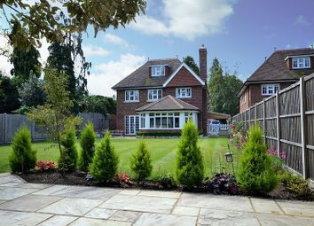 Thumbnail 5 bed detached house to rent in Heathside Park Road, Woking