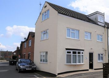 Thumbnail 3 bed town house for sale in Reynard Street, Spilsby