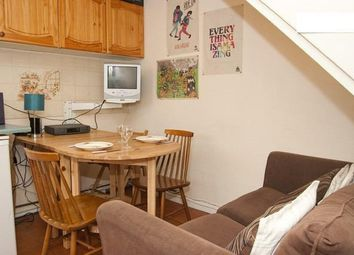 Thumbnail 4 bedroom flat to rent in Hare Walk, Hoxton, London