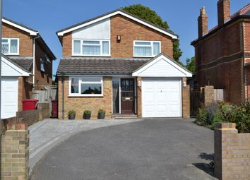 Thumbnail 4 bedroom detached house for sale in Westwood Road, Reading