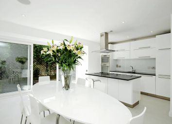 Thumbnail 3 bed property to rent in Kelso Place, Kensington