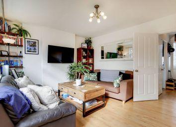 Congreve Street, Walworth, London SE17. 2 bed flat