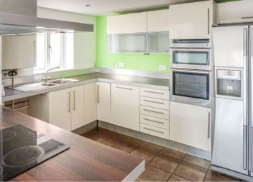 Thumbnail 4 bed detached house for sale in Station Road, Hull