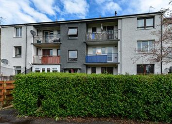 Thumbnail 2 bed flat for sale in Fulton Crescent, Kilbarchan, Johnstone