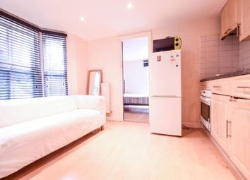 Thumbnail 1 bed flat to rent in Rita Road, Vauxhall
