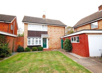 Thumbnail 3 bed detached house for sale in Oldbury Avenue, Great Baddow, Chelmsford
