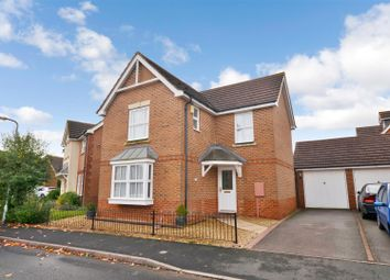 Thumbnail 3 bedroom detached house to rent in Blackbird Close, Brackley