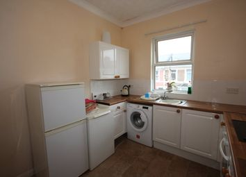 Thumbnail 2 bedroom flat to rent in Victoria Park Road, Torquay