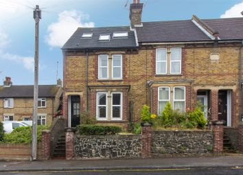 5 bed property for sale in Forbes Road, Faversham ME13