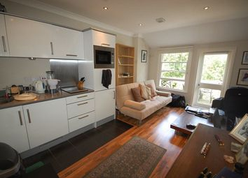 Thumbnail Studio to rent in Queens Avenue, London