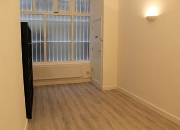 Thumbnail 2 bed flat to rent in White Church Passage, London