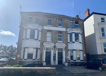 3 bed flat to rent in Granville Road, Broadstairs CT10