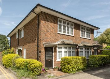 Thumbnail 1 bedroom flat for sale in Parkside, Wimbledon, London