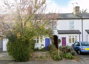 2 bed property for sale in Beauchamp Road, West Molesey KT8