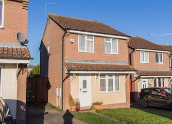 Thumbnail 3 bedroom detached house to rent in Highfield Road, Irthlingborough, Wellingborough