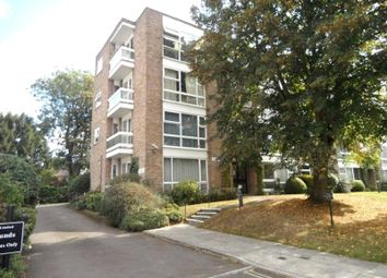 1 bed flat to rent in Sunningdale, Hardwick Green, London, Greater London W13