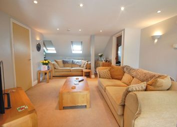 Thumbnail 3 bed flat to rent in Stafford Road, Wallington