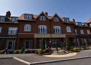 16 Elmbridge Manor, Elmbridge Village, Cranleigh, Surrey GU6. 2 bed flat for sale