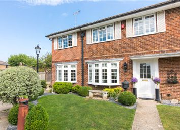 Edmund Close, Meopham, Kent DA13. 5 bed semi-detached house