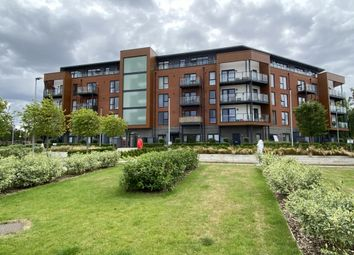 2 bed flat for sale in Romford RM3