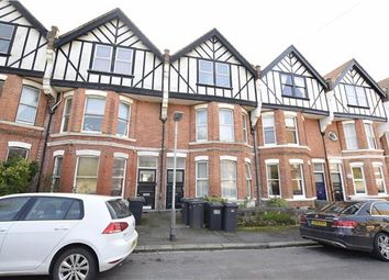 Thumbnail 2 bed flat to rent in De Cham Avenue, St Leonards-On-Sea, East Sussex