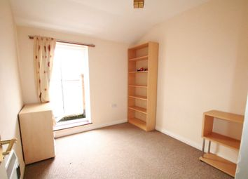 Thumbnail 3 bed flat to rent in Crunden Road, South Croydon, Surrey