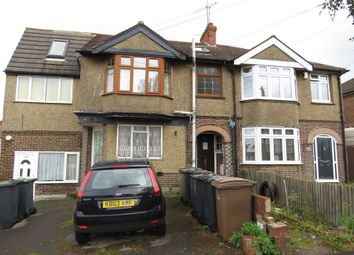 Thumbnail 2 bedroom maisonette for sale in Leicester Road, Luton