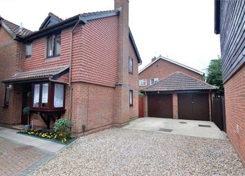 Thumbnail 4 bedroom detached house for sale in Girton Court, Cheshunt, Hertfordshire
