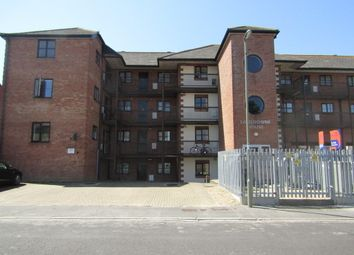 Thumbnail 2 bedroom flat to rent in Inverness Road, Gosport