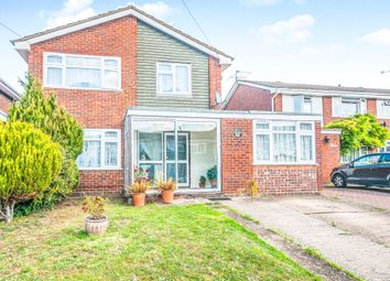 4 bed link-detached house for sale in Farmers Way, Maidenhead SL6