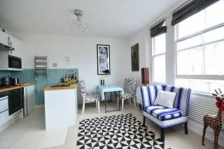 Thumbnail 2 bed flat to rent in Clanricarde Gardens W2,