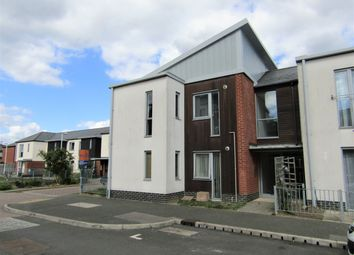 Thumbnail 1 bed flat to rent in James Road, Gosport