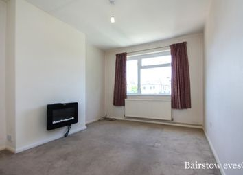 Thumbnail 2 bedroom maisonette to rent in Beaumont Road, London