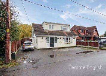 Thumbnail 3 bed detached house for sale in Windsor Road, Bowers Gifford, Basildon