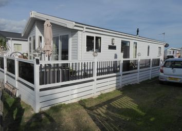 Thumbnail 2 bedroom mobile/park home for sale in New Beach Park, Hythe Road, Romney Marsh, Kent
