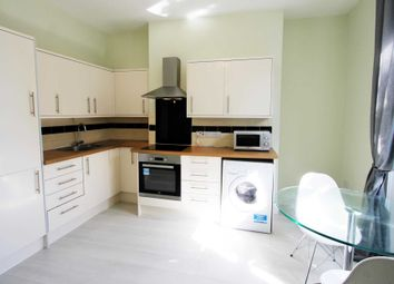 1 bed flat to rent in 1 Bedroom Flat, Russell St, Reading RG1