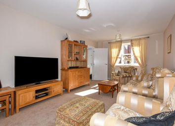 Thumbnail 3 bedroom detached house for sale in Greenacre Place, Newbury