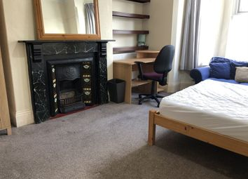 Thumbnail 5 bed property to rent in Salcombe Road, Plymouth