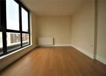 Thumbnail 1 bed flat to rent in High Road, Buckhurst Hill, Essex
