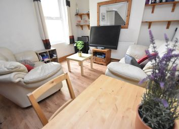 4 bed property to rent in Rhymney Street, Cathays, Cardiff CF24
