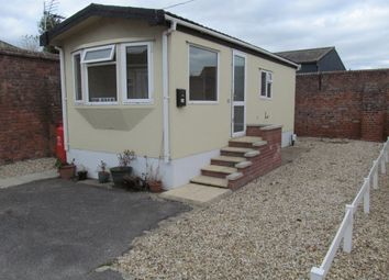Thumbnail 1 bed mobile/park home for sale in Lodge Park, Market Place, Tattershall, Lincolnshire